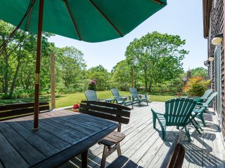 BELAT - West Tisbury Country Setting, Access to Association Pool and Tennis, A/C