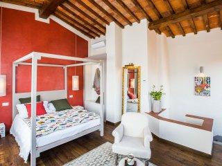 Canto degli Scali, Giglio Rosso Suite with View