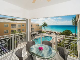 Free 7th NIght Thru Aug- Regal Beach  #632 -2BR OV, Islas Caimán
