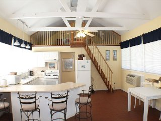 Lightkeepers Cottage, Flat Screen TV, Pet Friendly, Saint Augustine Beach