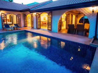 very good location villa,private pool,walk to the beach through the beach gate entrance
