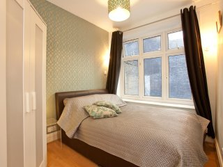 10: Centrally located! Charring Cross (Zone 1), London