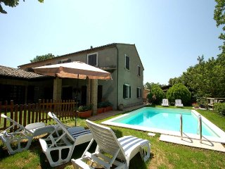 House with private pool and panoramic views at 16 kms from Orvieto. Great views!, Allerona