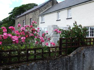 Barley Meadow Farm Cottage, Luddon Farm, Okehampton