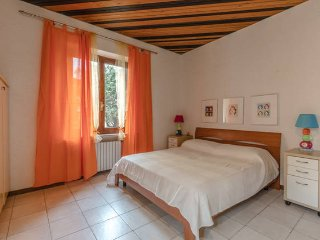 Casa Teresa - 80mq flat close to the center, Desenzano Del Garda