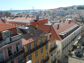 NEW! Center Lisbon Sweet Apartment 7