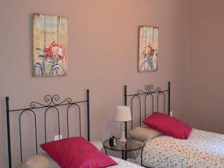 Coqueto y Luminoso Apartamento en Triana para 4
