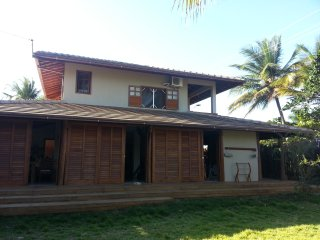 Beautiful 4 bedroom beachfront villa in paradise