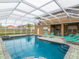 6 Bed/7 Bath Modernised Luxury 5* Villa, Orlando