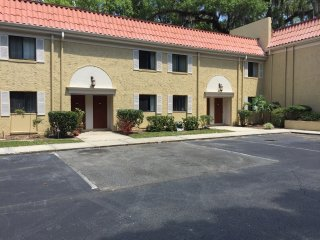 Centrally located Vacation Condo #241, Jacksonville