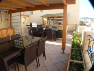 Central penthouse roof terrace walk Palais Beaches
