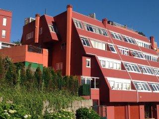 Duplex 3 habitacionesi, terraza  y piscina. material deportivo y cultural,