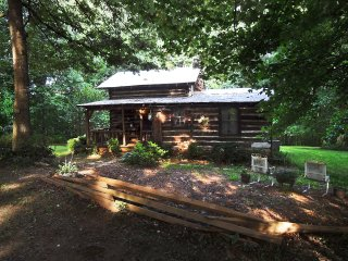 Authentic Log Cabin/Yadkin ValleyTop of Foothills