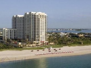 Palm Beach Marriott Resort and Spa.  Beach Chairs and Wifi Included.  North Unit