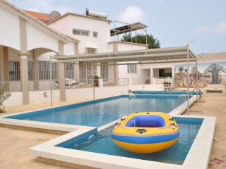 Appartement 2chbr dans villa standing avec piscine