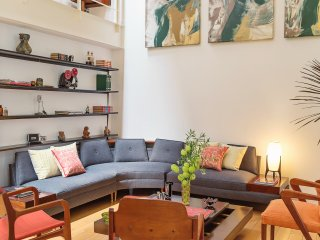 Historic duplex with mid-Century flair, Mexiko-Stadt