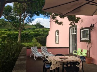 Azorean House . Free Wi-Fi, Ponta Delgada