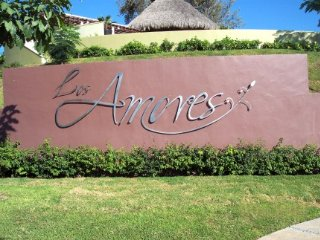Los Amores I (house 58 / 59) Los Amores II (88)