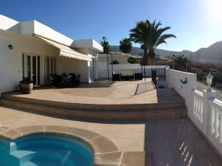 VILLA WITH A BREATHTAKING VIEW OVER THE OCEAN !!!!, Valle De San Lorenzo