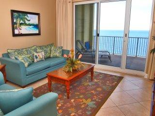 Beachfront 2 Bedroom at Ocean Reef with Free Beach Service, Panama City Beach