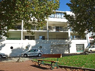 1 bedroom Apartment in Royan, Nouvelle-Aquitaine, France : ref 5046801