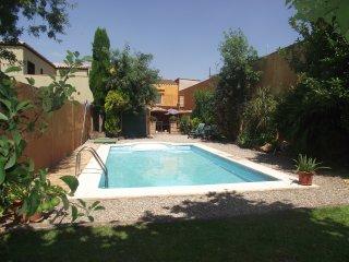 Casa con piscina y jardin privado 10/12 personas