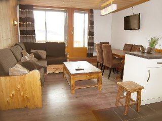 2 bedroom Apartment in Val Thorens, Auvergne-Rhône-Alpes, France : ref 5051060