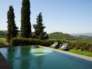 This striking Villa in Chianti is located between Florence and Siena, near San G