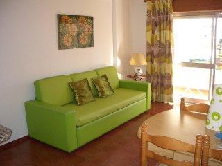 Cozy apartment in Algarve - 150m away from beach, Strand von Praia da Rocha