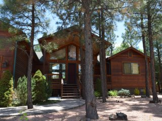 Gorgeous Cabin home in Lakeside, Pinetop-Lakeside