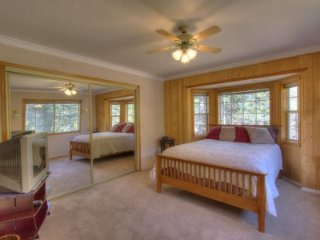 South Lake Tahoe - 3 BR Home, Pet Friendly - LTA 8024, Atwood