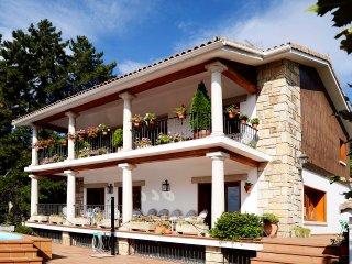 Casa Rural La Herren, amplia y confortable., Miraflores de la Sierra