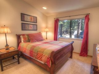 South Lake Tahoe 3 BR Home, Private Hot Tub, Kid Friendly! - LTA 8093