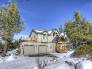 South Lake Tahoe - 5 BR Home, 2 Master Suites - LTA 8105