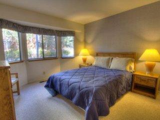 Incline Village - 3 BR Condo - LTA 8137, Lake Tahoe (Nevada)