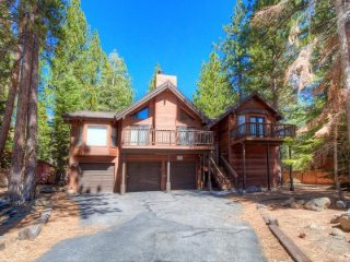 Incline Village - 4 BR Home with 3 Large Decks - LTA 8147, Lago Tahoe