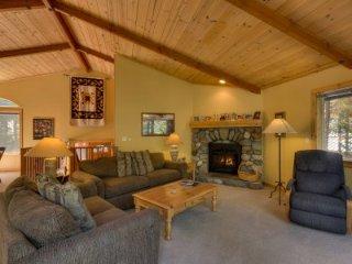 Kings Beach - 3 BR Home, Private Hot Tub - LTA 8183, Lake Tahoe (Nevada)