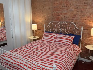 (4B) Two Bedroom Apt. Just off Park Ave., New York City