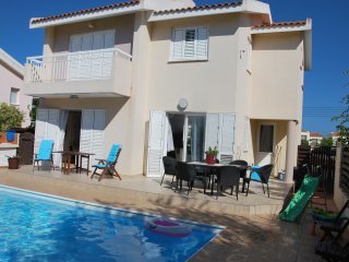 Sun & Sand Villa,3 Bedroom 4x8 Pool ,350 to beach, Protaras