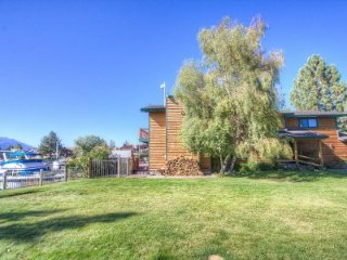South Lake Tahoe - 6 Bedroom Home, Pet Friendly, Boat Dock - LTA 8229