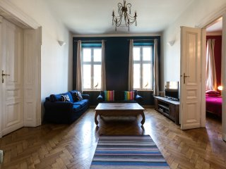 140sqm Stanislas Apartment, 3brd,2bthr in Old Town, Cracóvia