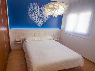 Apartamento NUEVO, céntrico, playa Sant Sebastià, Sitges