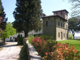 Apt 95 sqm in Villa near Florence w Swimming Pool