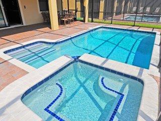 Cool Elegance Villa in ChampionsGate Resort