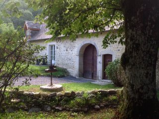 Au moulin 1771 - holiday rental/gite 5 ⭐️⭐️⭐️⭐️, Monein