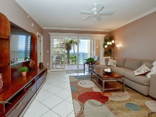 Tides Beach Club 5-354  New Listing! Beautiful Gulf Front 2 Bedroom, 2 Bath!, North Redington Beach