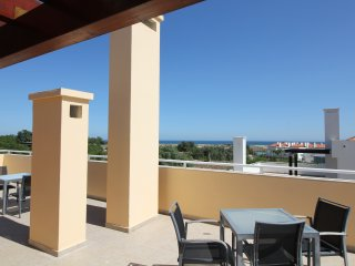 CABANAS 2 BEDROOM PENTHOUSE + SEAVIEW + WIFI, Cabanas