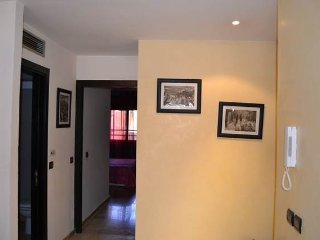 Bonito Apartamento balcony, wifi, center, transfer, Marrakech