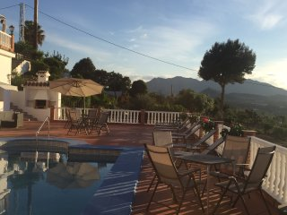 Luxury 2 bed Casita recently refurbished with shared pool/hot tub close to Mijas