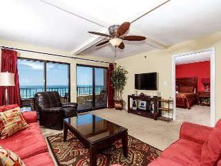 SD 309: THIS IS YOUR ULTIMATE VACATION CONDO! SPACIOUS AND RIGHT ON THE BEACH